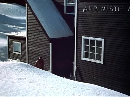 dead mountaineers hotel 01