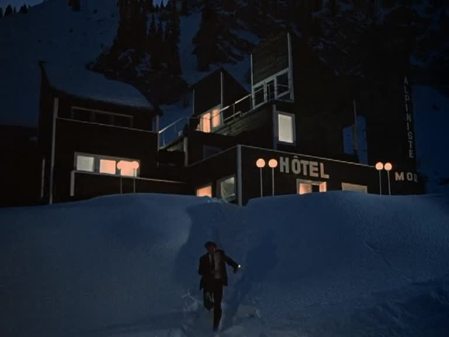 dead mountaineers hotel 07
